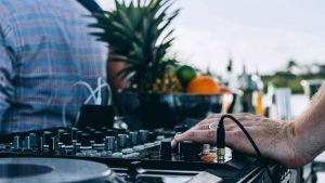 Cruise DJ - Henry Glover Community Photographer © 2020